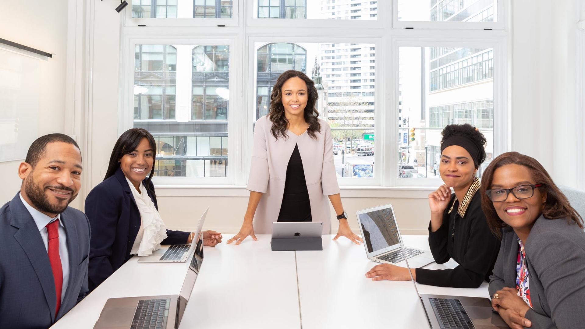 La leadership consapevole e le caratteristiche che le imprese cercano in un capo